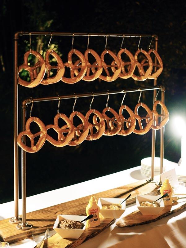 custom pretzel stand