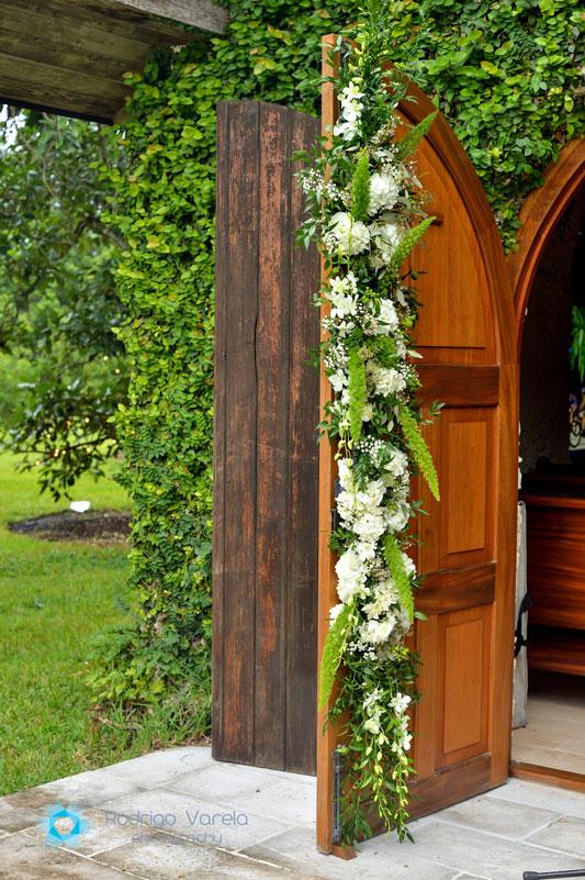 floral arrange on doors